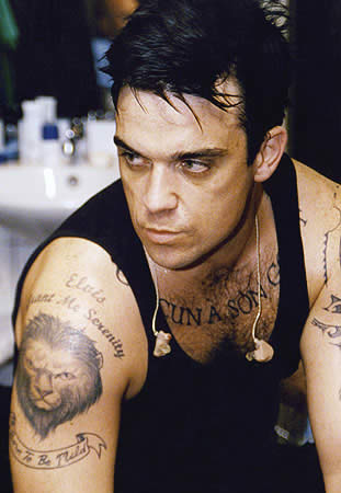 robbie williams tattoo pics photos pictures of his many tattoos. Black Bedroom Furniture Sets. Home Design Ideas